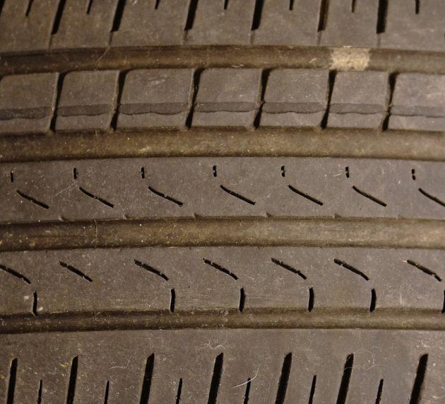 Deux ou quatre pneus hiver pour un véhicule ?