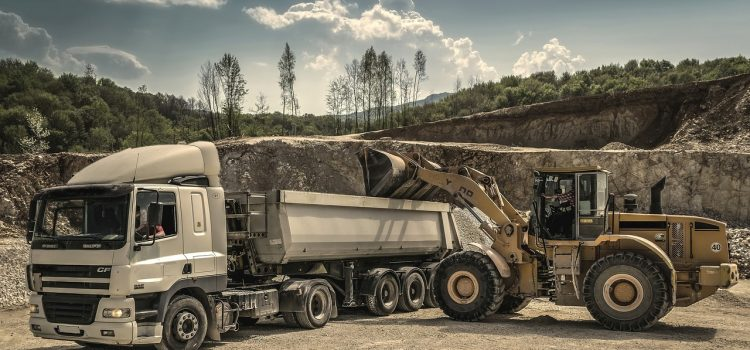 Quels sont les avantages de la location d'un camion pour son chantier ?