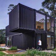 Trouver le constructeur idéal pour votre maison container : à quoi faire attention ?