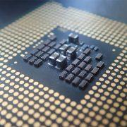 Quel est le rôle du processeur dans un ordinateur ?